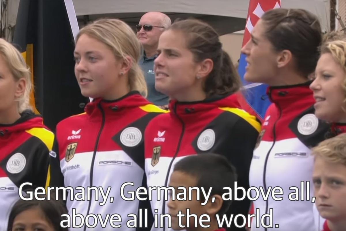 Le cantan el himno nazi al equipo alemán de Fed Cup