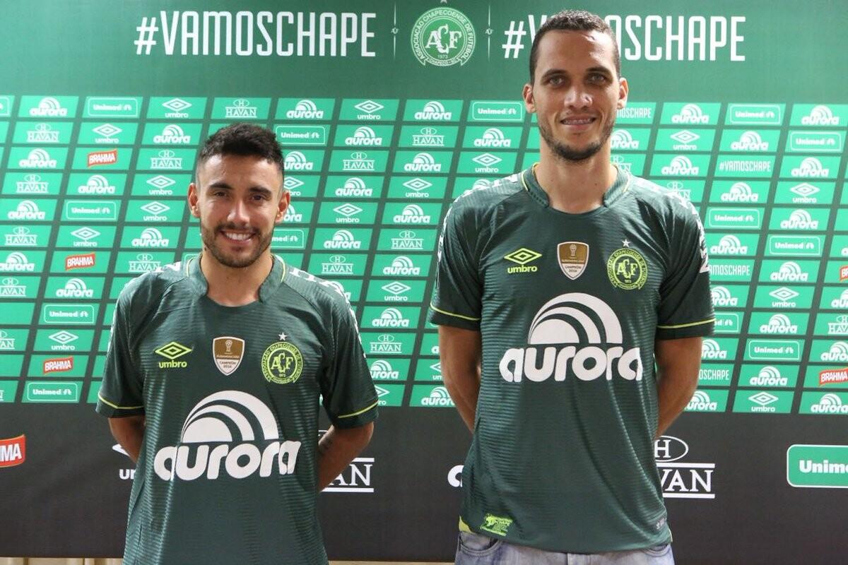 Ruschel y Neto con el Chapecoense