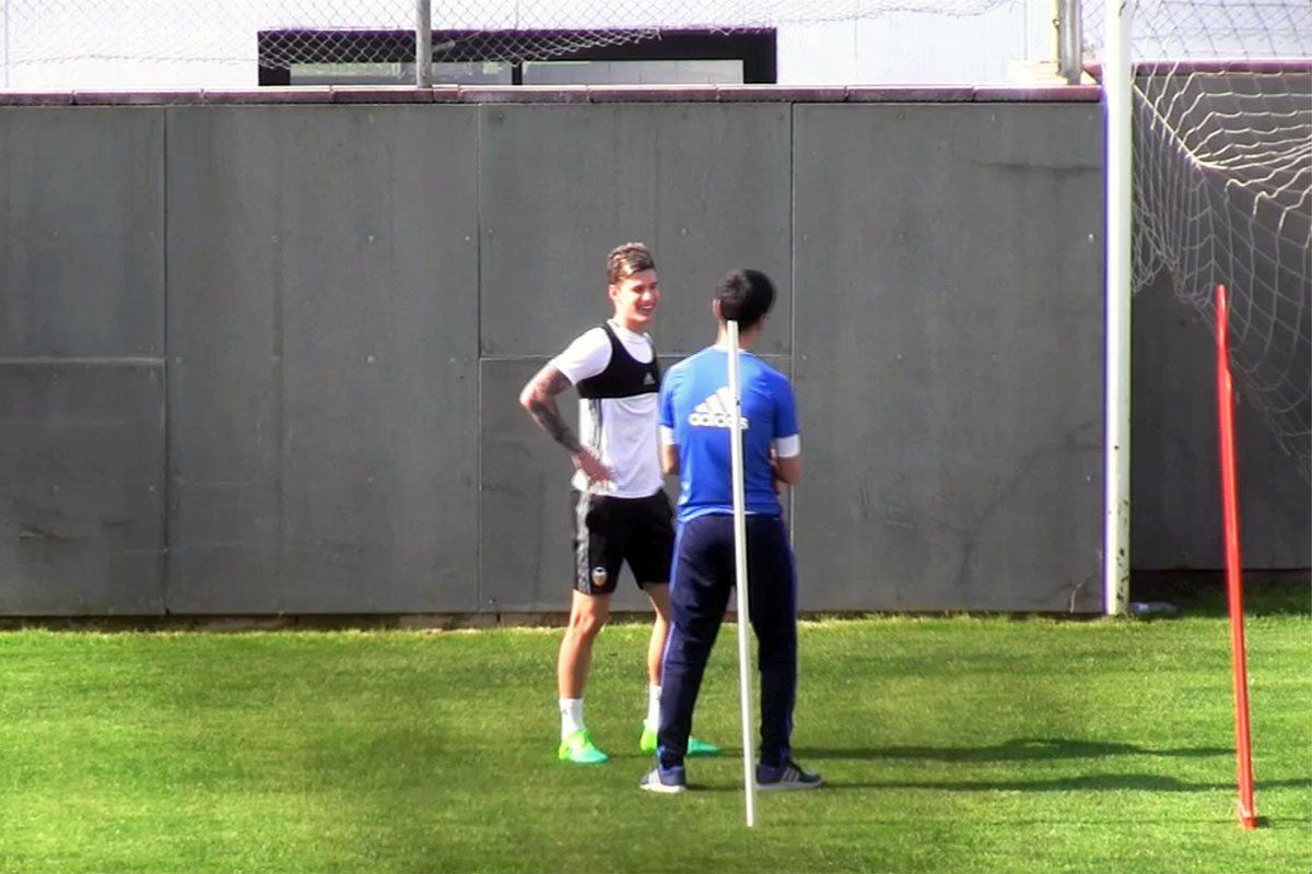 Santi Mina Valencia CF