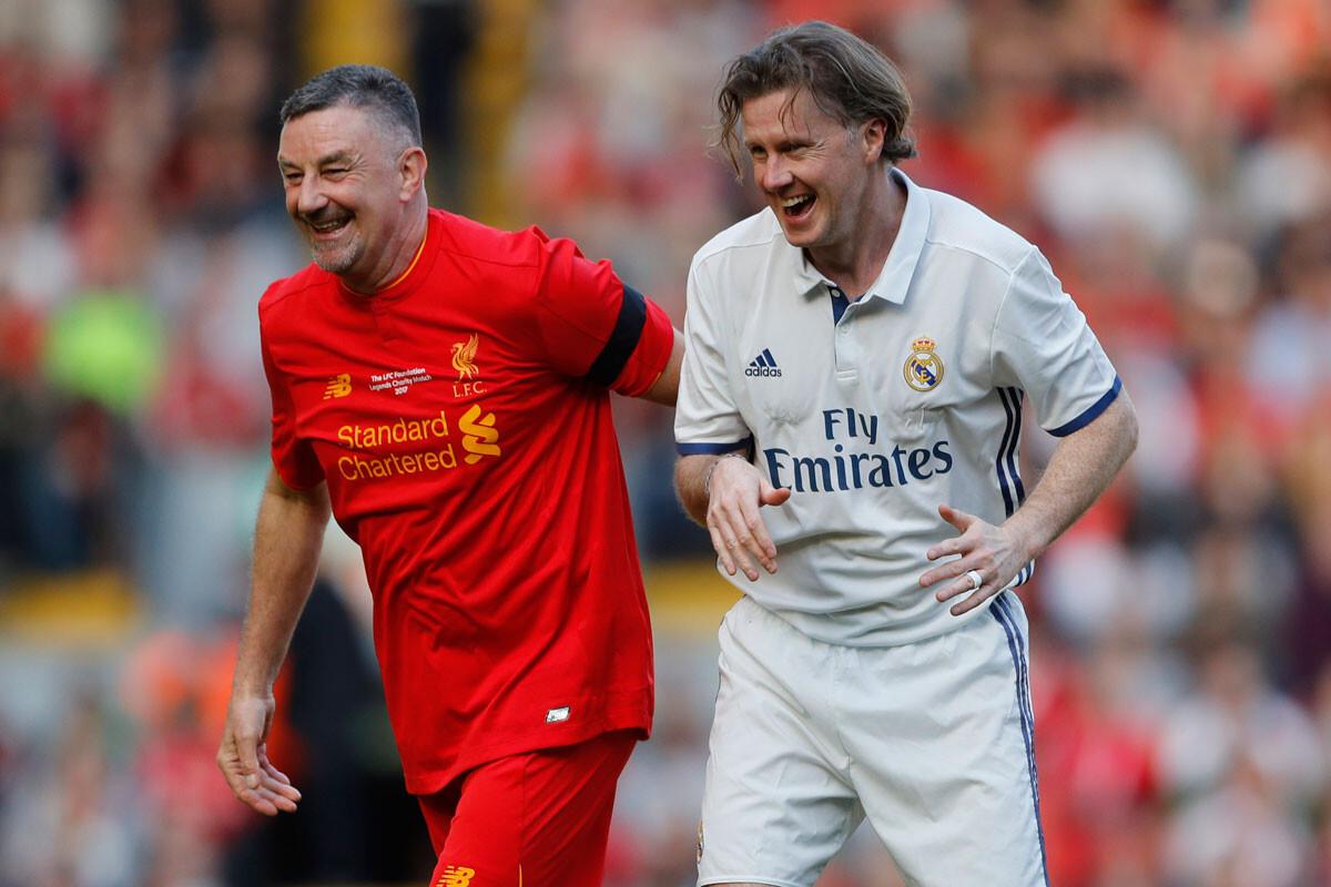 El duelo entre las leyendas de Liverpool y Real Madrid