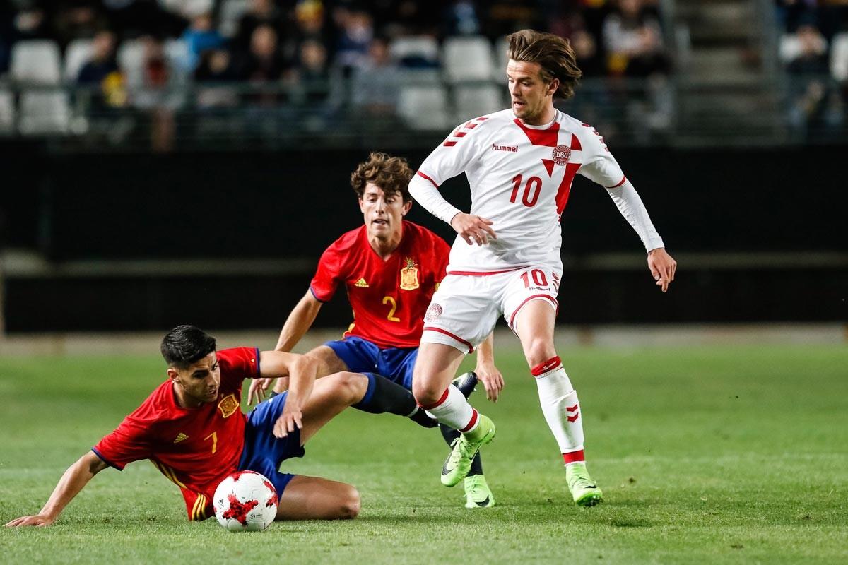 Odriozola, Marco Asensio ante Dinamarca