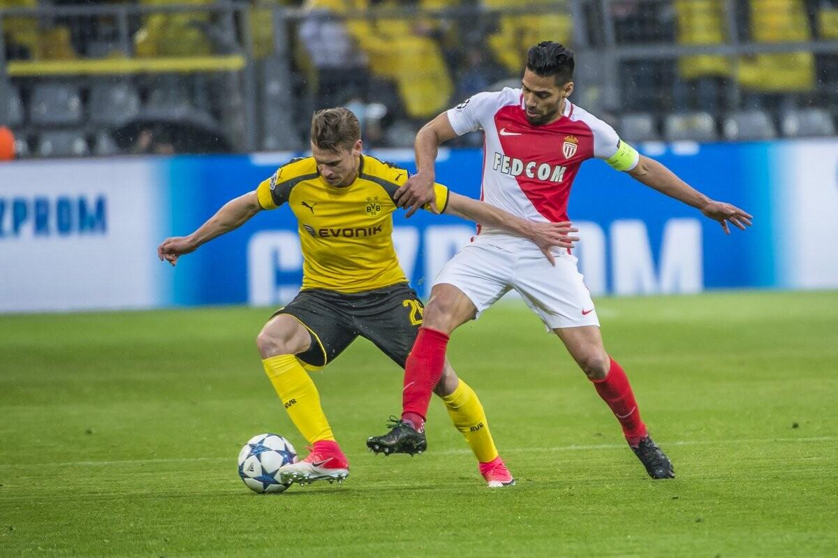 Falcao contra el Borussia Dortmund