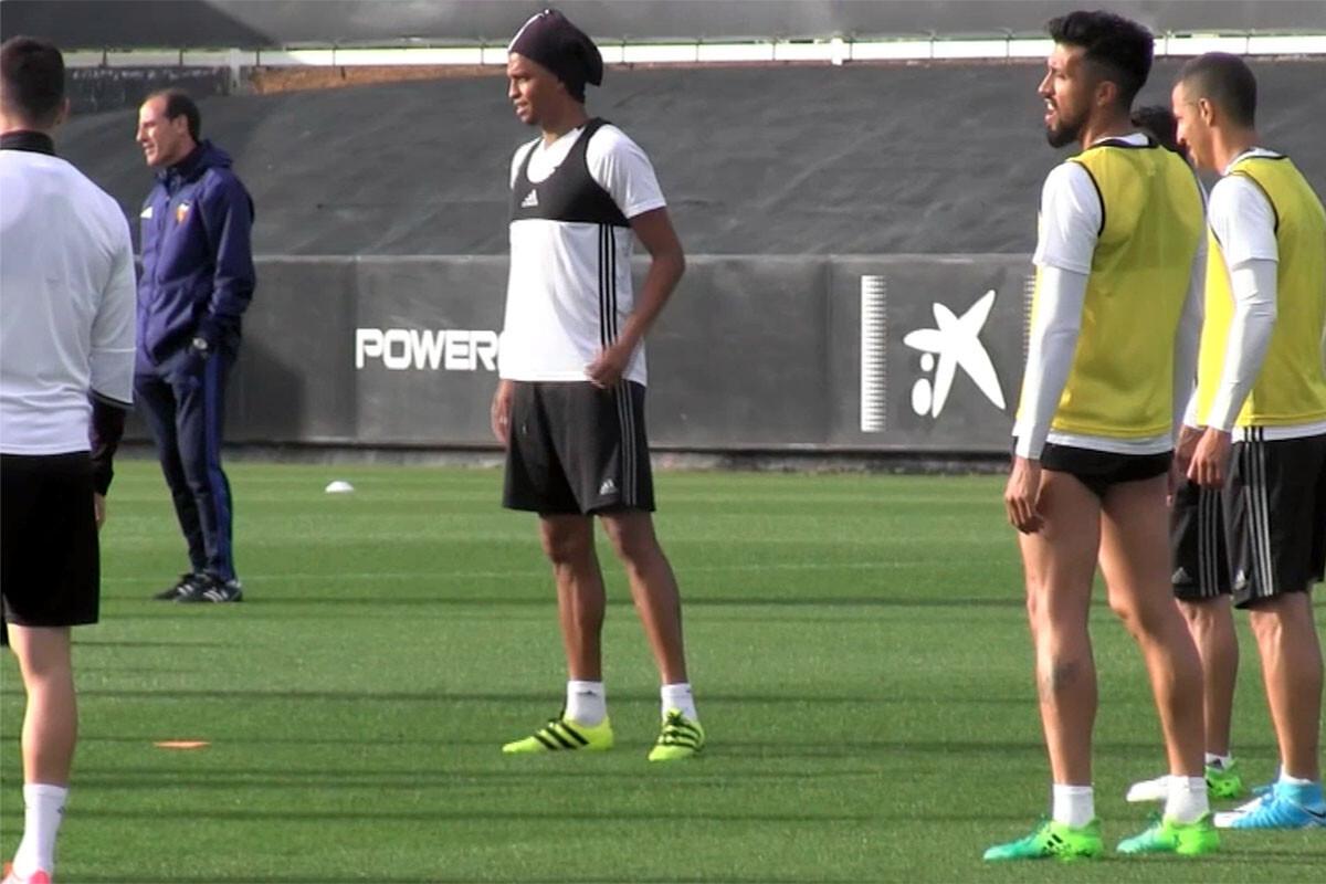 Aderlan Santos y Ezequiel Garay Valencia CF