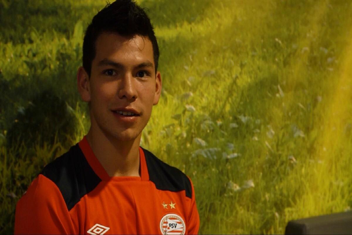 Lozano firmó con el PSV