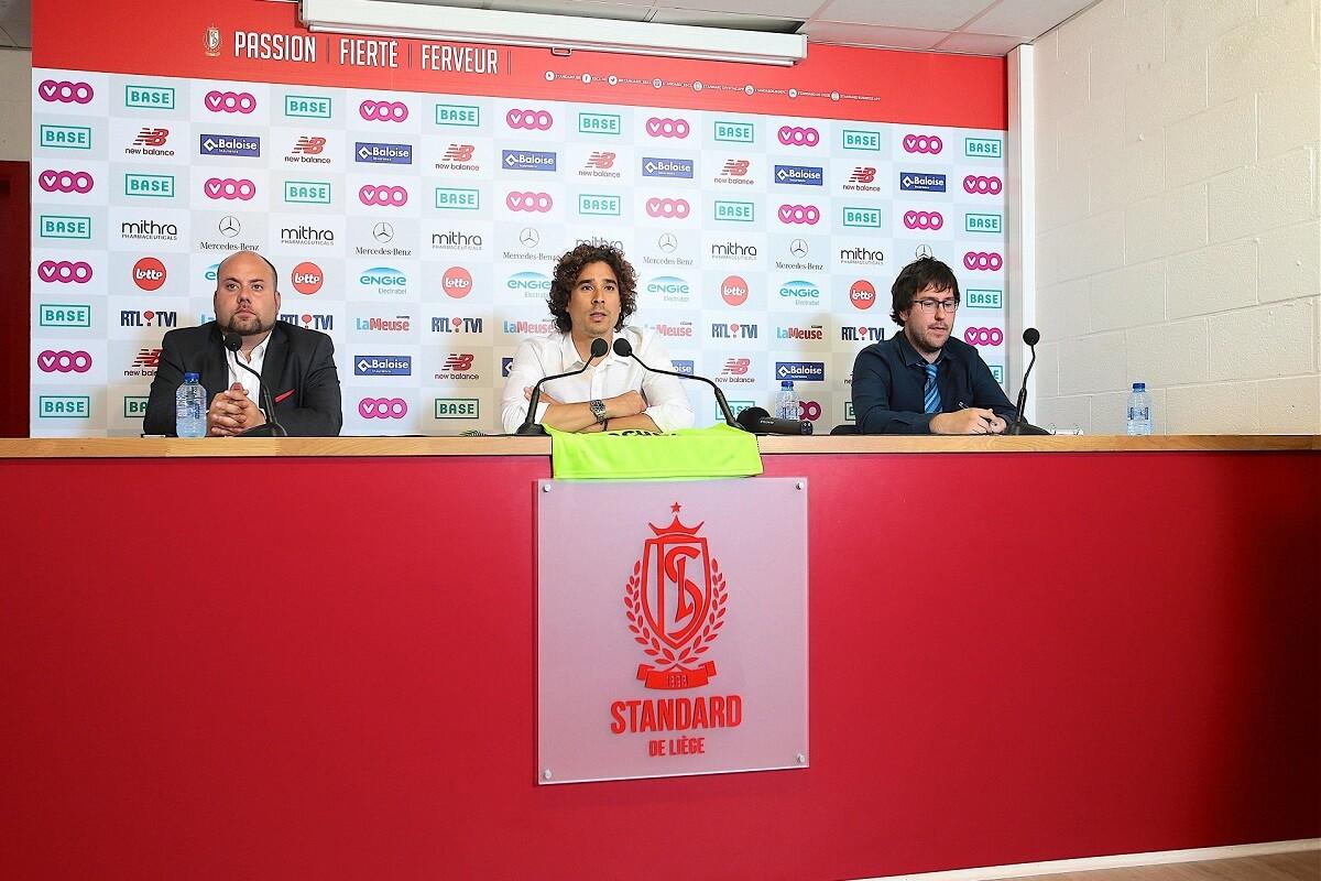 Ochoa fue presentado con el standard Lieja