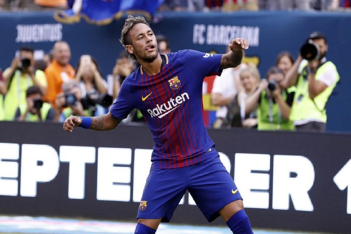 Neymar marcó doblete en el debut de pretemporada
