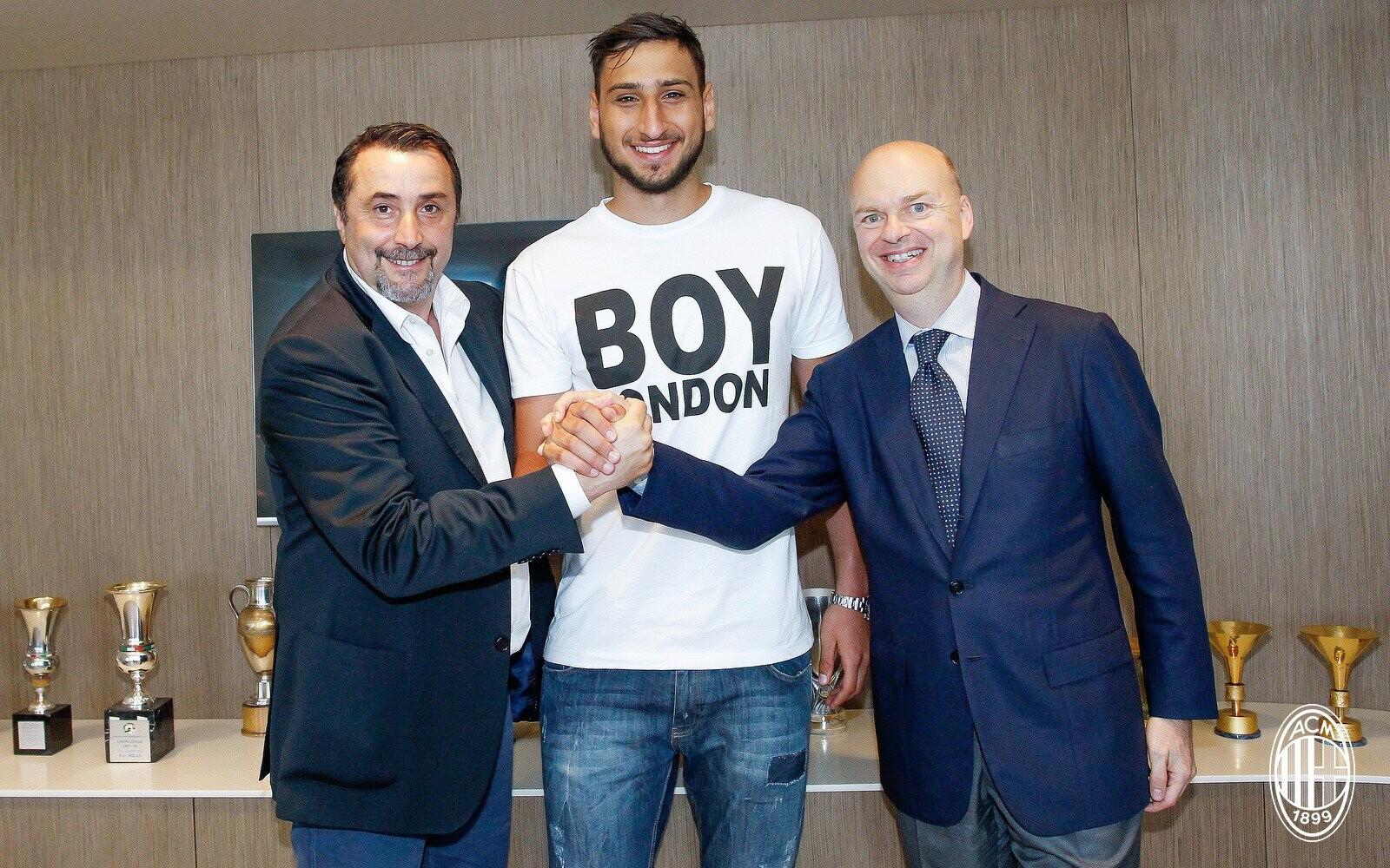 El Milan hace oficial la renovación de Donnarumma