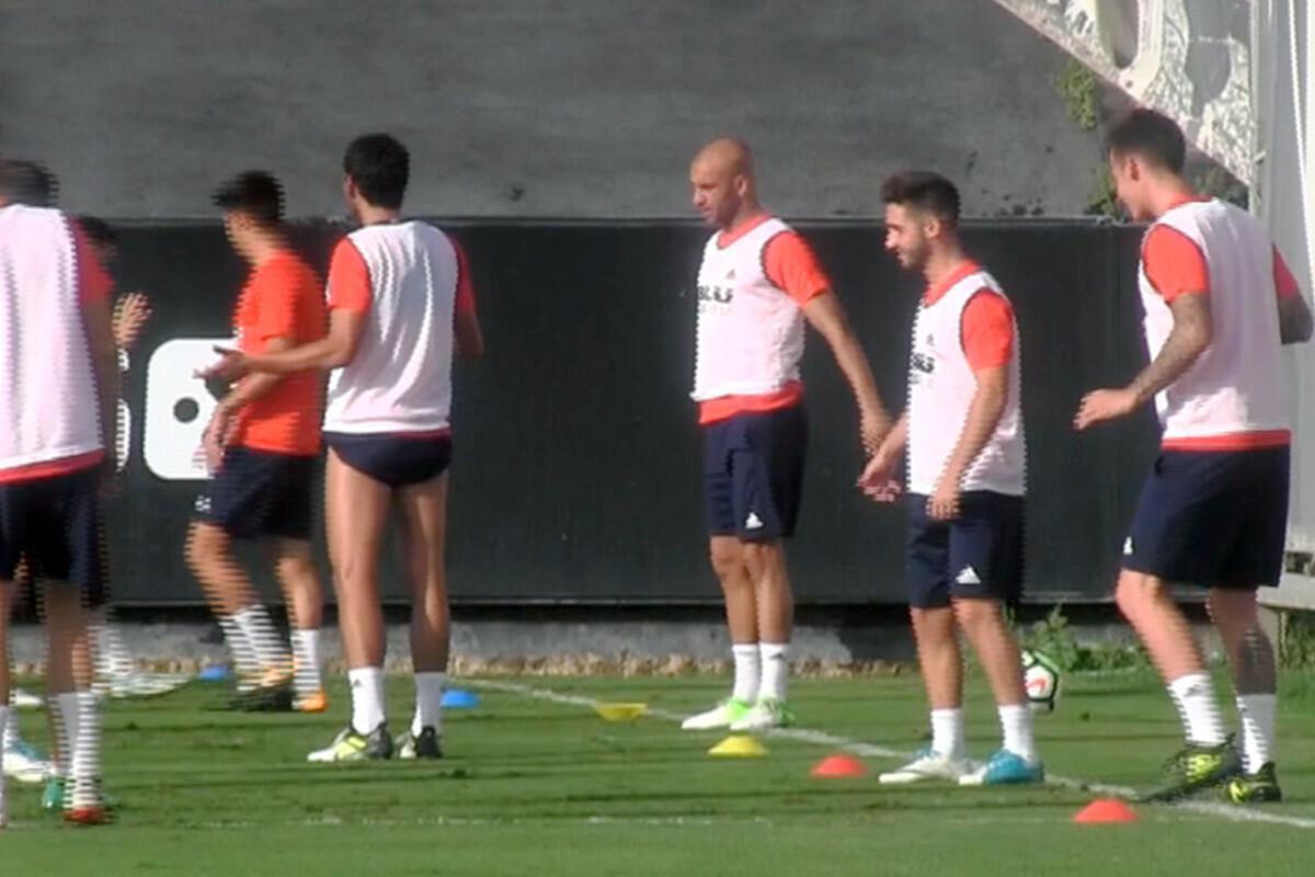 Aymen Abdennour Valencia CF