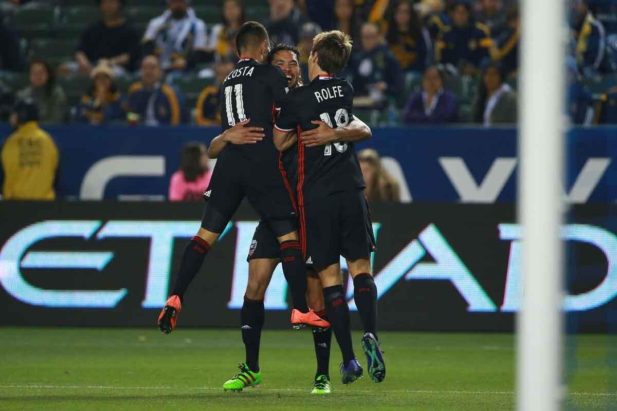 Acosta y Saborio marcan en el partido de DC United