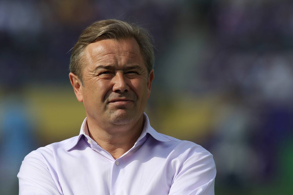 Adrian Heath, técnico del Orlando City