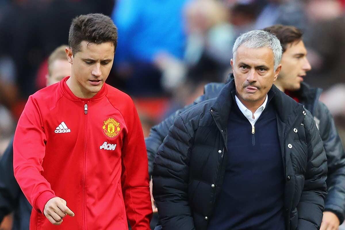 Ander Herrera y Jose Mourinho, del Manchester United