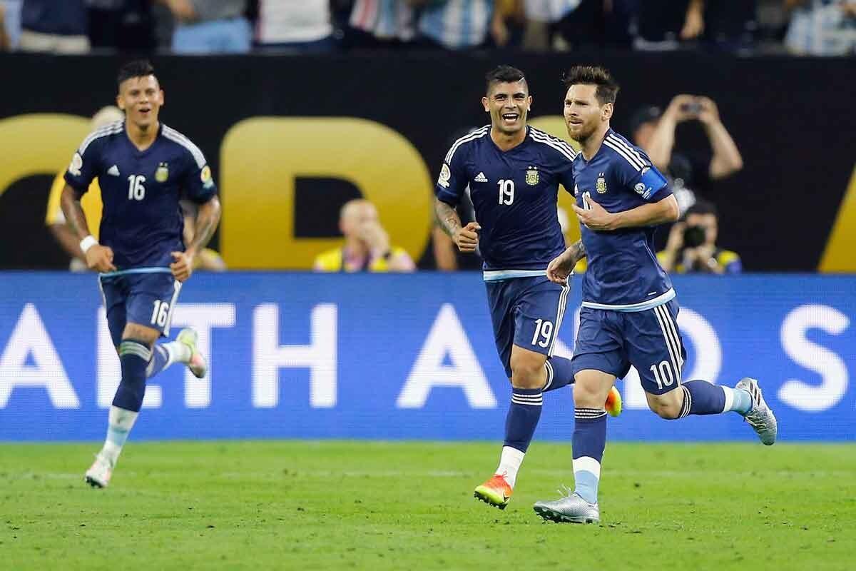 Mesi marca un golazo de falta en semifinales de la copa américa centenario