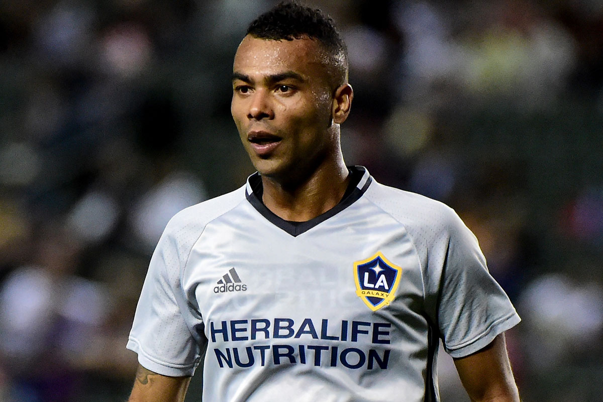 Ashley Cole debuta con Los Angeles Galaxy