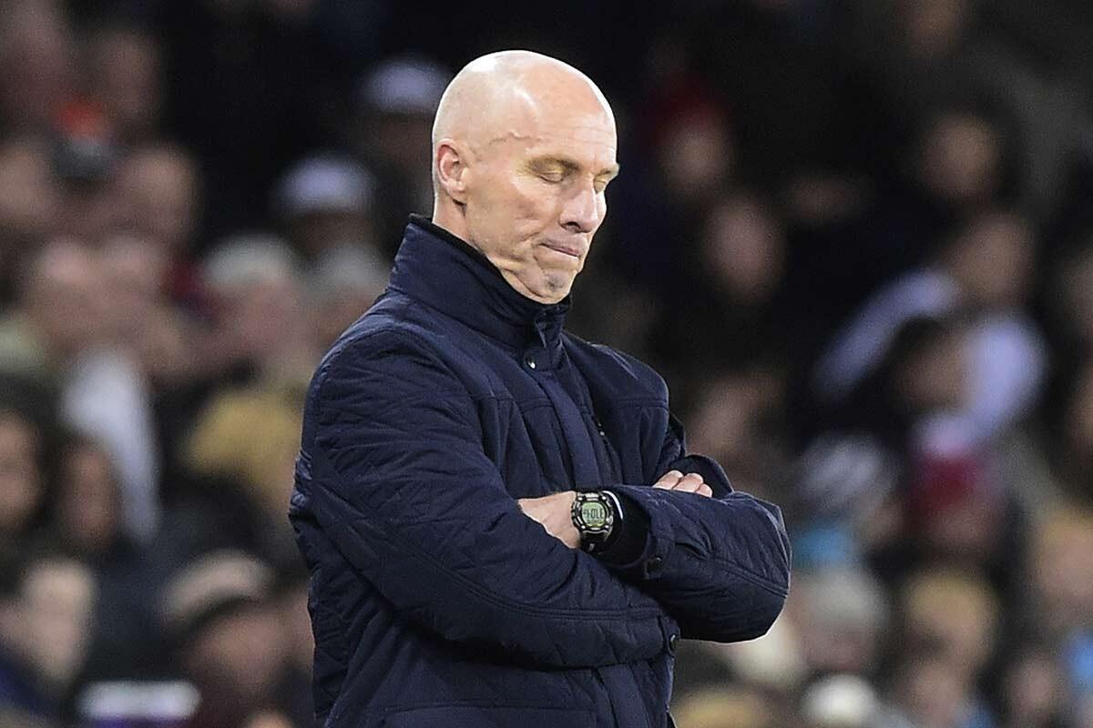Bob Bradley, extécnico del Swansea City