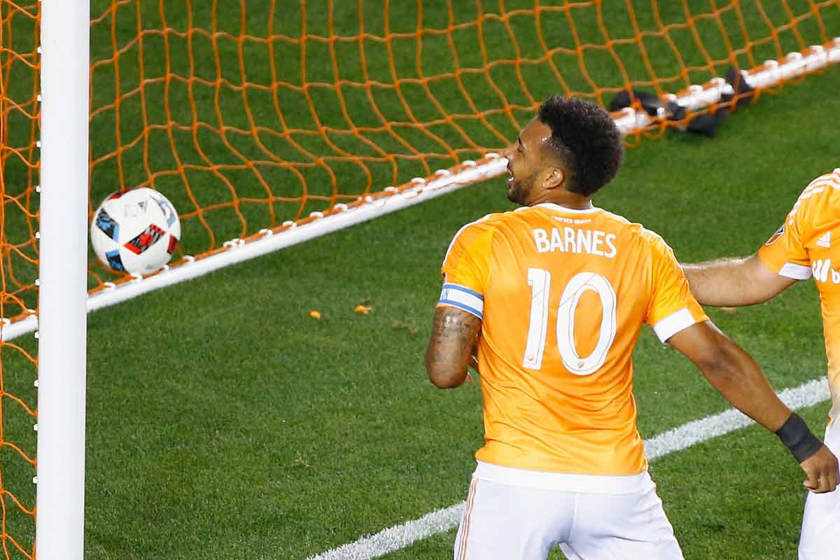 Giles Barnes, de Houston Dynamo