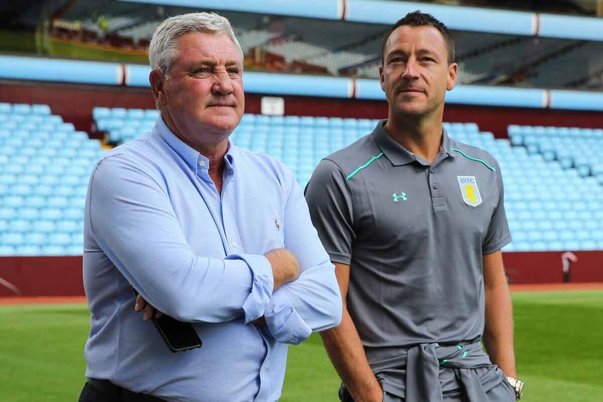 John Terry y Steve Bruce, Aston Villa