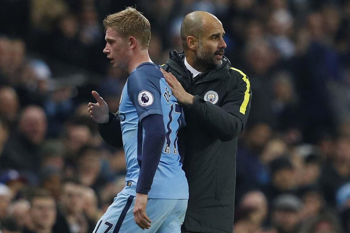 De Bruyne y Guardiola, del Manchester City