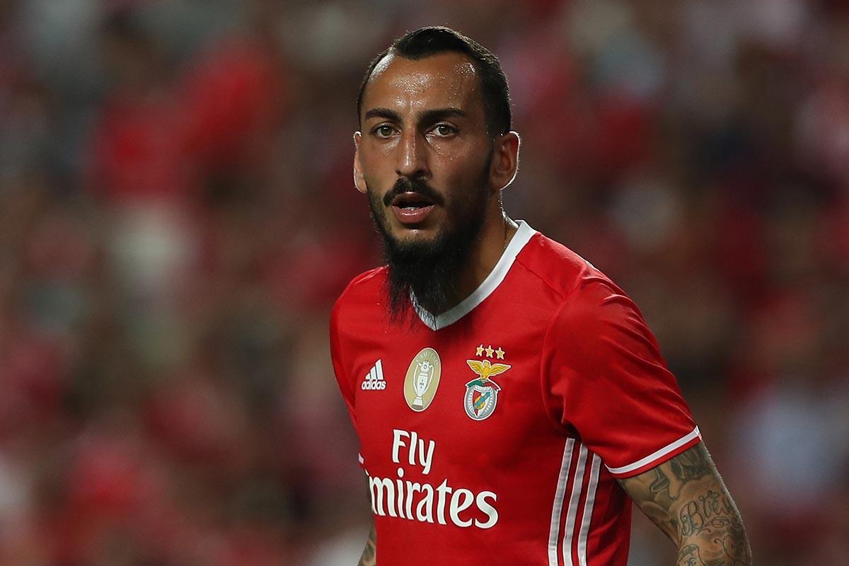 Kostas Mitroglou, del Benfica