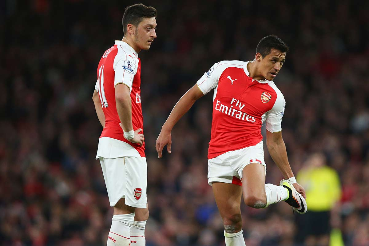 Mesut Ozil y Alexis Sánchez, jugadores del Arsenal