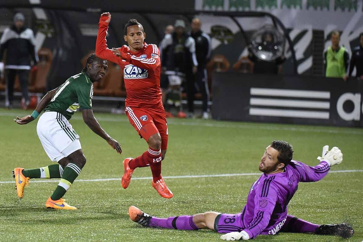 Michael Barrios fue el héroe en la victoria 0-3 del FC Dallas sobre el DC United
