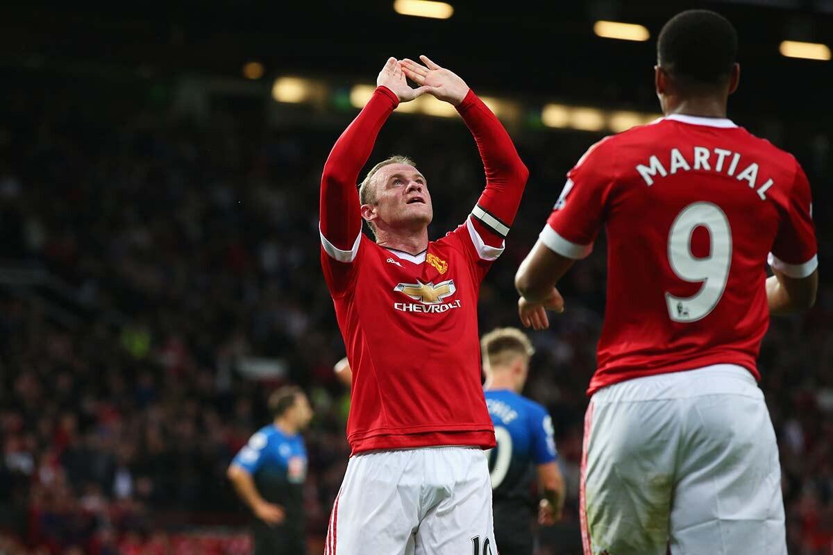 Rooney y Martial
