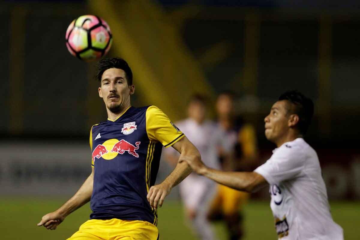 Sacha Kljestan destaca en su club y en la selección de EEUU