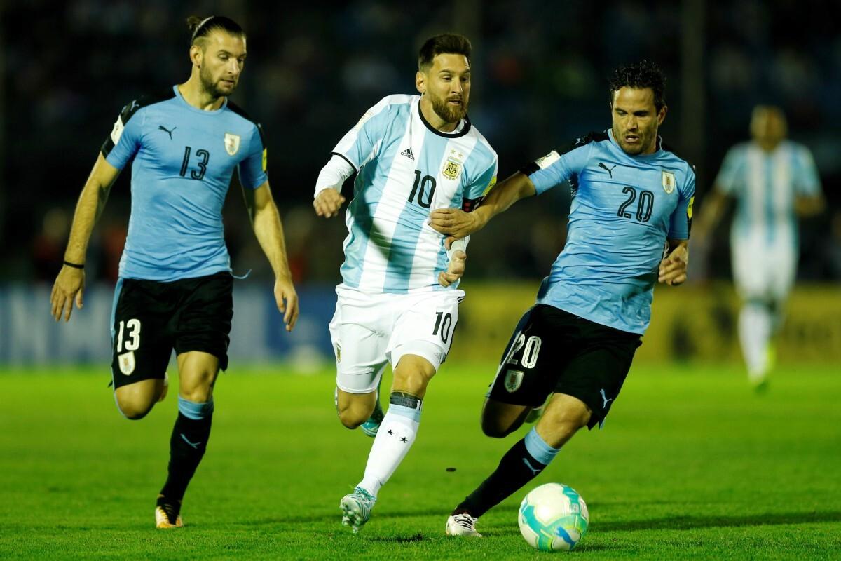 Uruguay y Argentina empataron sin goles
