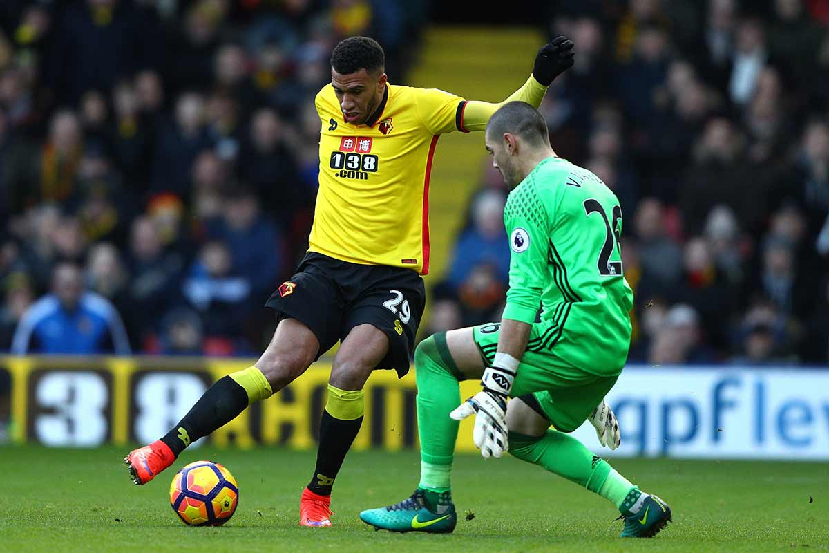 Vctor Valdés evita la derrota del Boro en Watford