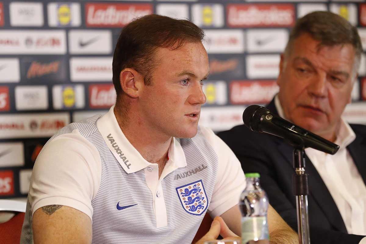Wayne Rooney y Sam Allardyce, en conferencia de prensa
