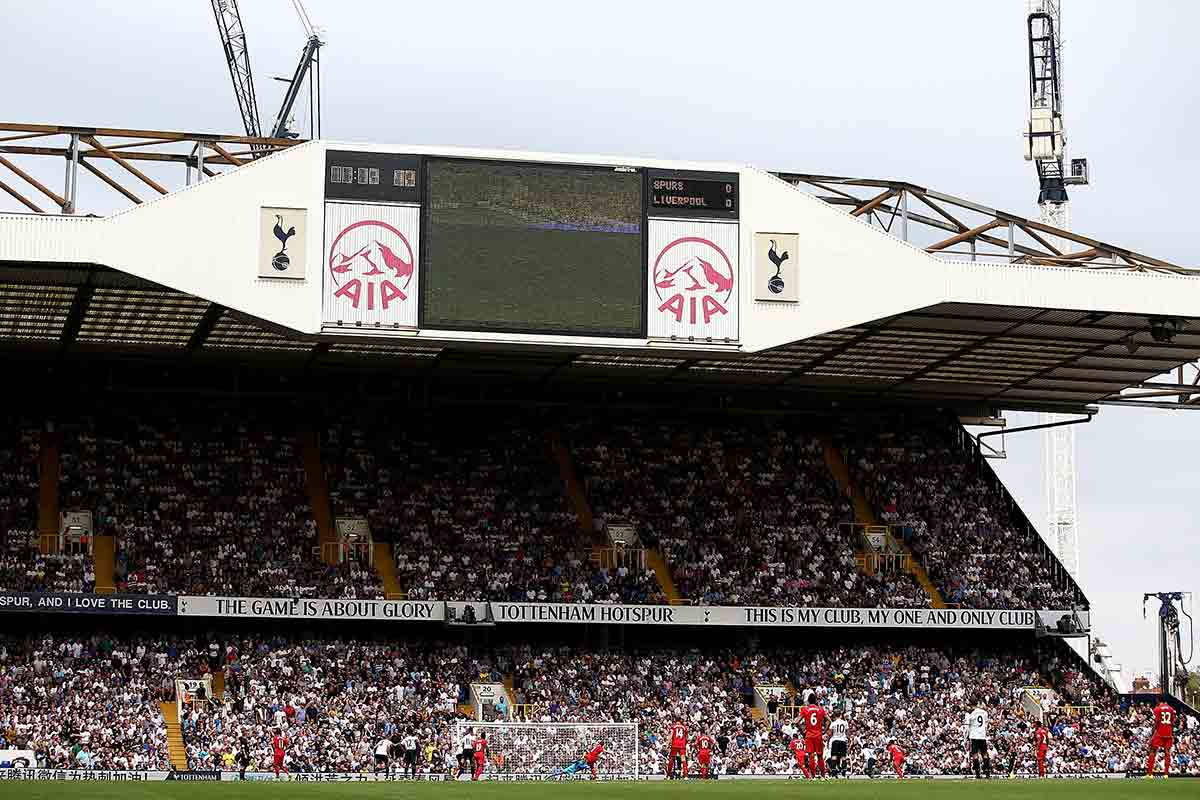 White Hart Lane, durante el Tottenham vs Liverpool