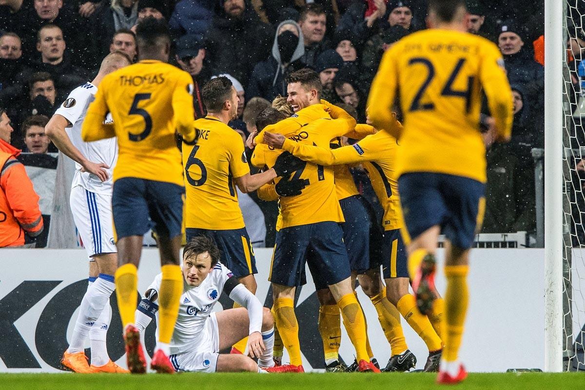 Athletic y Atlético firman su pase virtual a domicilio mientras Real Sociedad y Villarreal deberan luchar mucho en la vuelta si quieren estar en octavos.