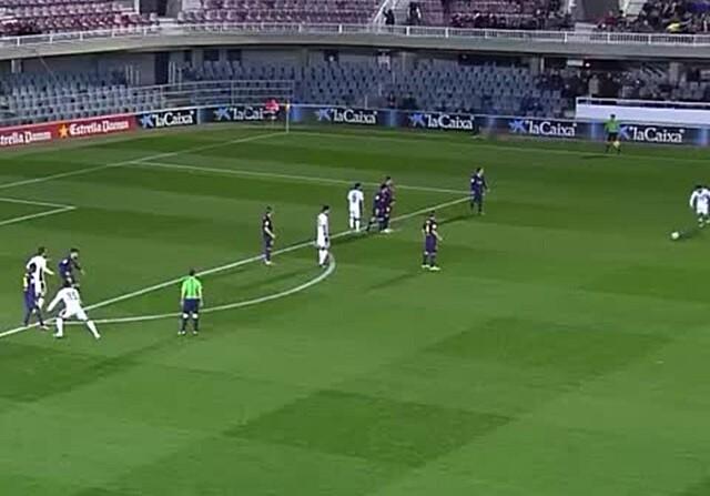 VÍDEO. Golazo de falta de Marco Asensio ante el Barcelona
