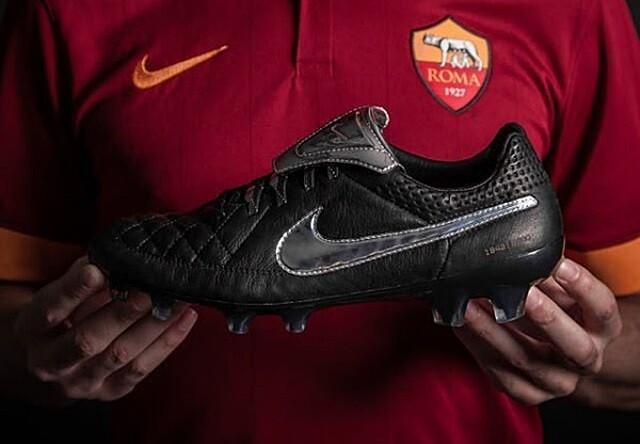 Las botas de fútbol más sorprendentes de 2015 56d2d4a0bc2a7