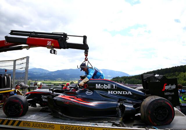 McLaren busca esquivar la sanción a Alonso en Silverstone