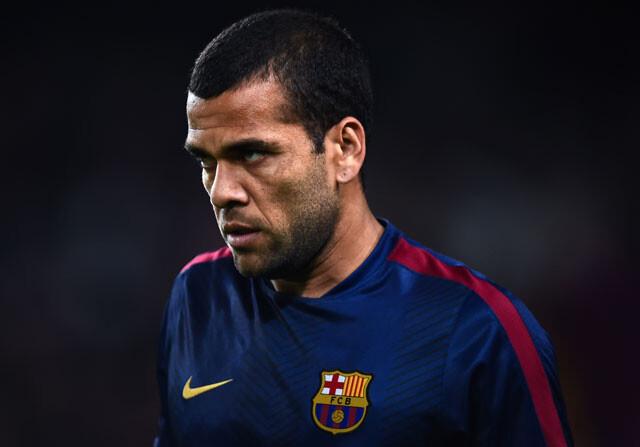 Alves se va del Barcelona