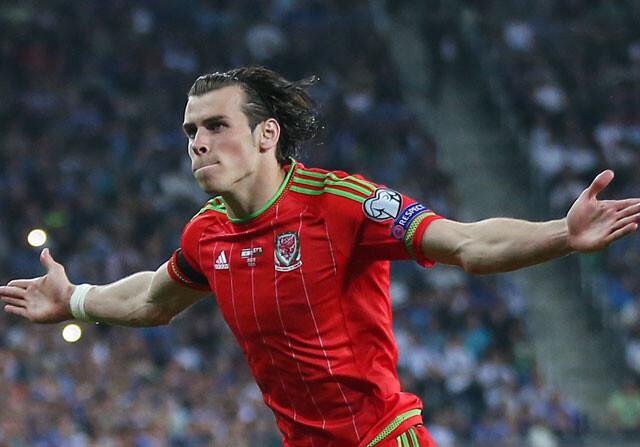 Exhibición de Bale en Israel, con dos goles, uno de falta magistral