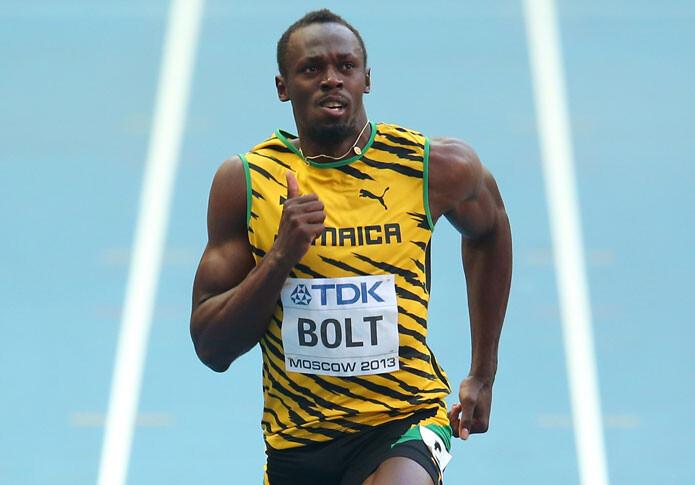 Usain Bolt marca un gol de tacón