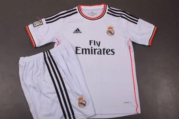 d0485b42185fe Las camisetas del Real Madrid 2013 2014