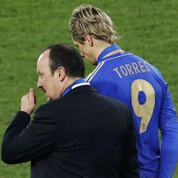 Fernando Torres y Rafa Benítez, del Chelsea