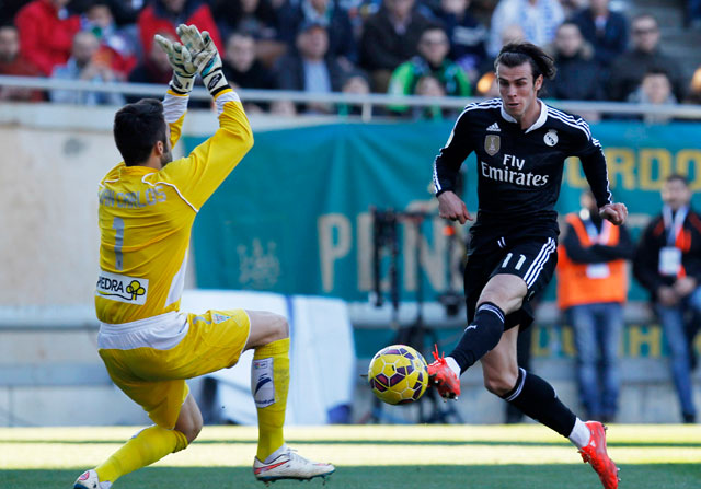 El Córdoba echa una mano al Madrid
