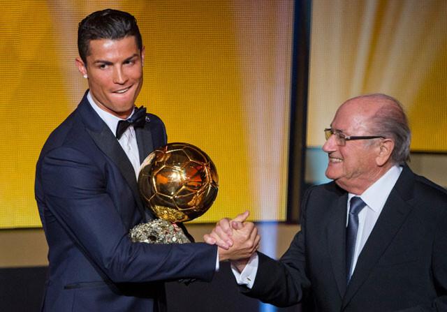 La amenaza de Blatter si no le dejan ir al Balón de Oro