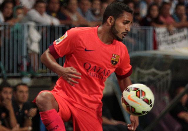 El Barcelona quiere ceder a Douglas
