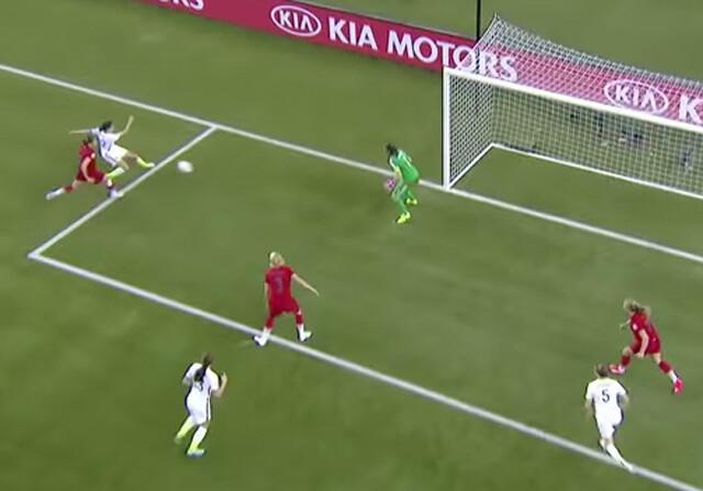 El espectacular pase en el segundo gol del Estados Unidos-Alemania