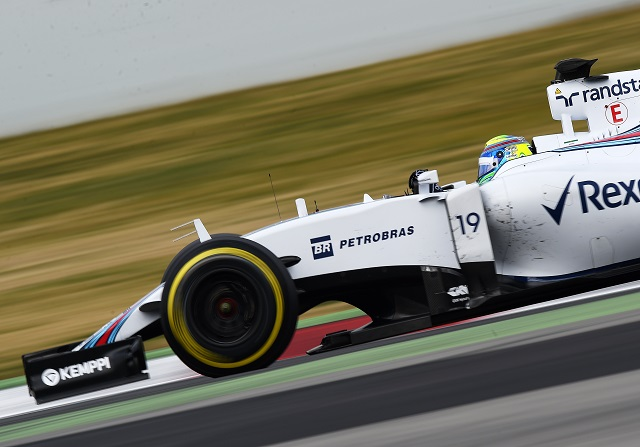 Williams y Ferrari sorprenden en Barcelona