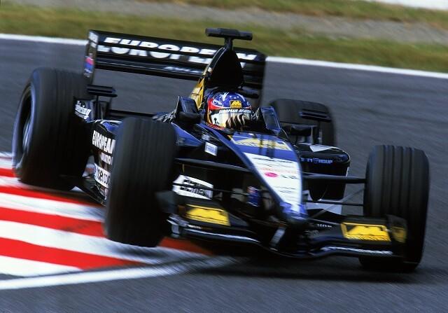 Fernando Alonso, más lento con McLaren que con Minardi
