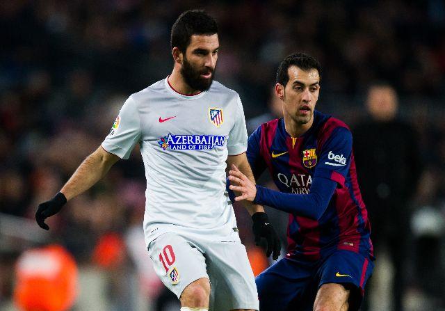 Arda Turan desmiente las informaciones sobre su fichaje por el Barça