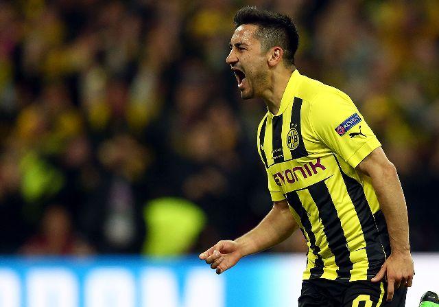 Gundogan renueva con el Borussia Dortmund hasta junio de 2017