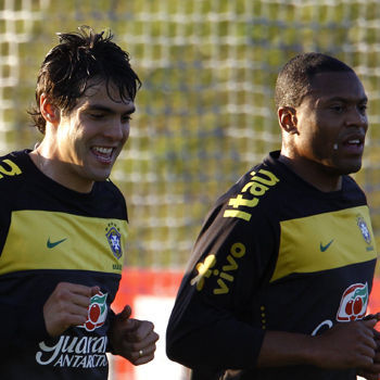 Kaka y Julio Baptista