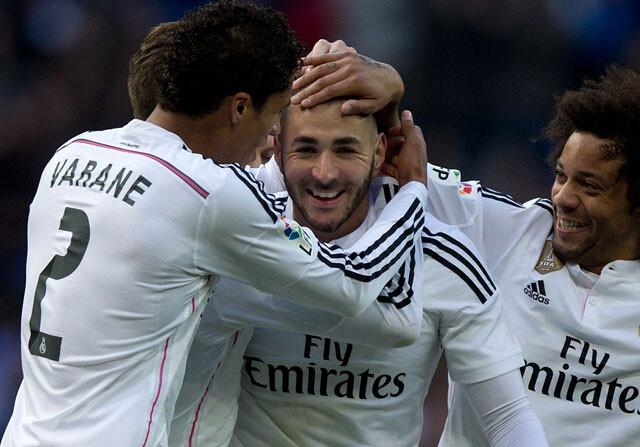 Benzema se arrima al gol