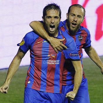 Michel celebra un gol del Levante